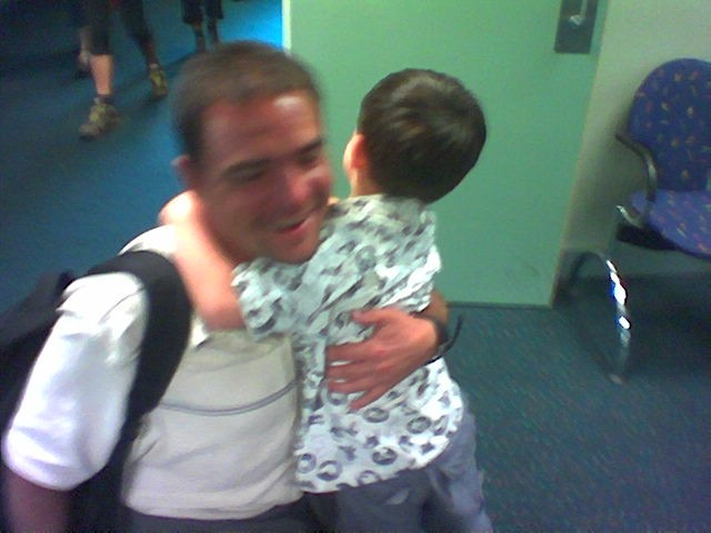 Em_peter_hug_airport